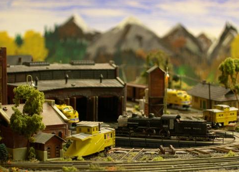 Best Investments for Model Train Enthusiasts